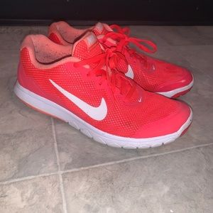Nike Flex Experience RN 4- coral/pink
